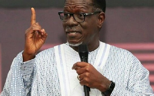 Dr. Mensa Otabil Insults Critics Over The Collapse of Capital Bank [Video]