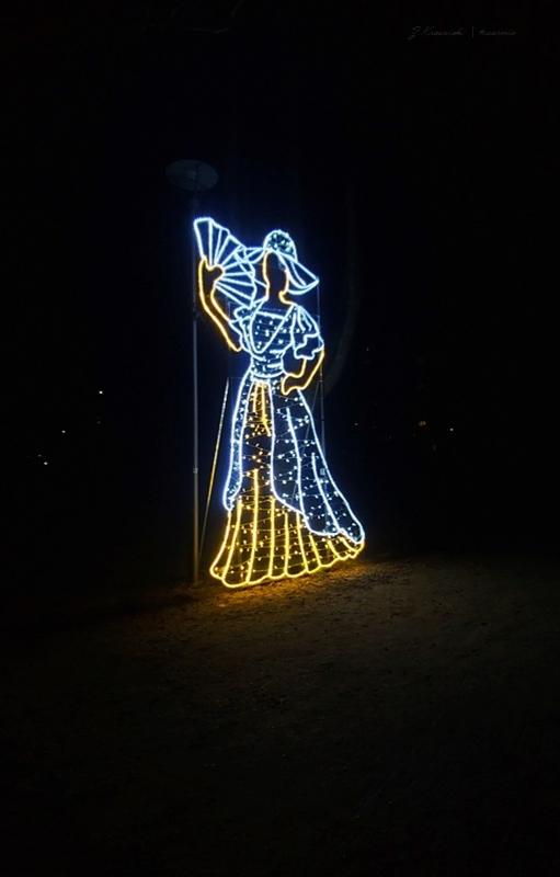 Olsztyński Parku Jakubowo i 17 instalacji świetlnych w stylu vintage