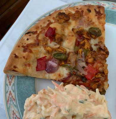 TGI Fridays - Spicy Chicken Sharing Pizza