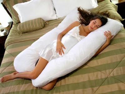 Gối ngủ cho bầu hình chữ U đẹp tuyệt vời