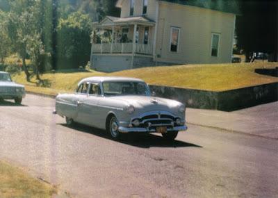 1953 Packard Deluxe Clipper 4-Door Sedan