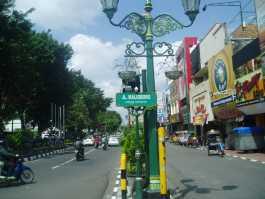 Jalan Maliboro Yang Legendaris Di Yogyakarta