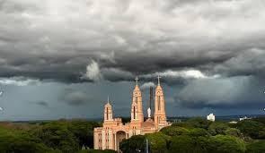 Previsão de chuva volumosa e frente fria no Paraná para os próximos quinze dias