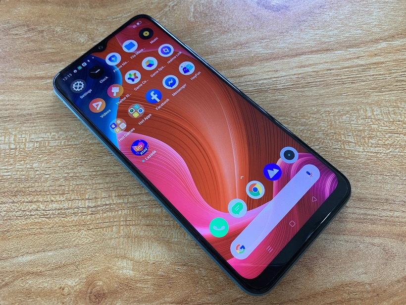 realme narzo 30A First Impressions: Display