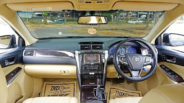 dashboard camry hybrid