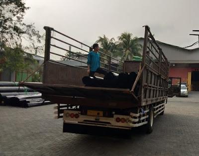 Sewa truk fuso Jogja Medan