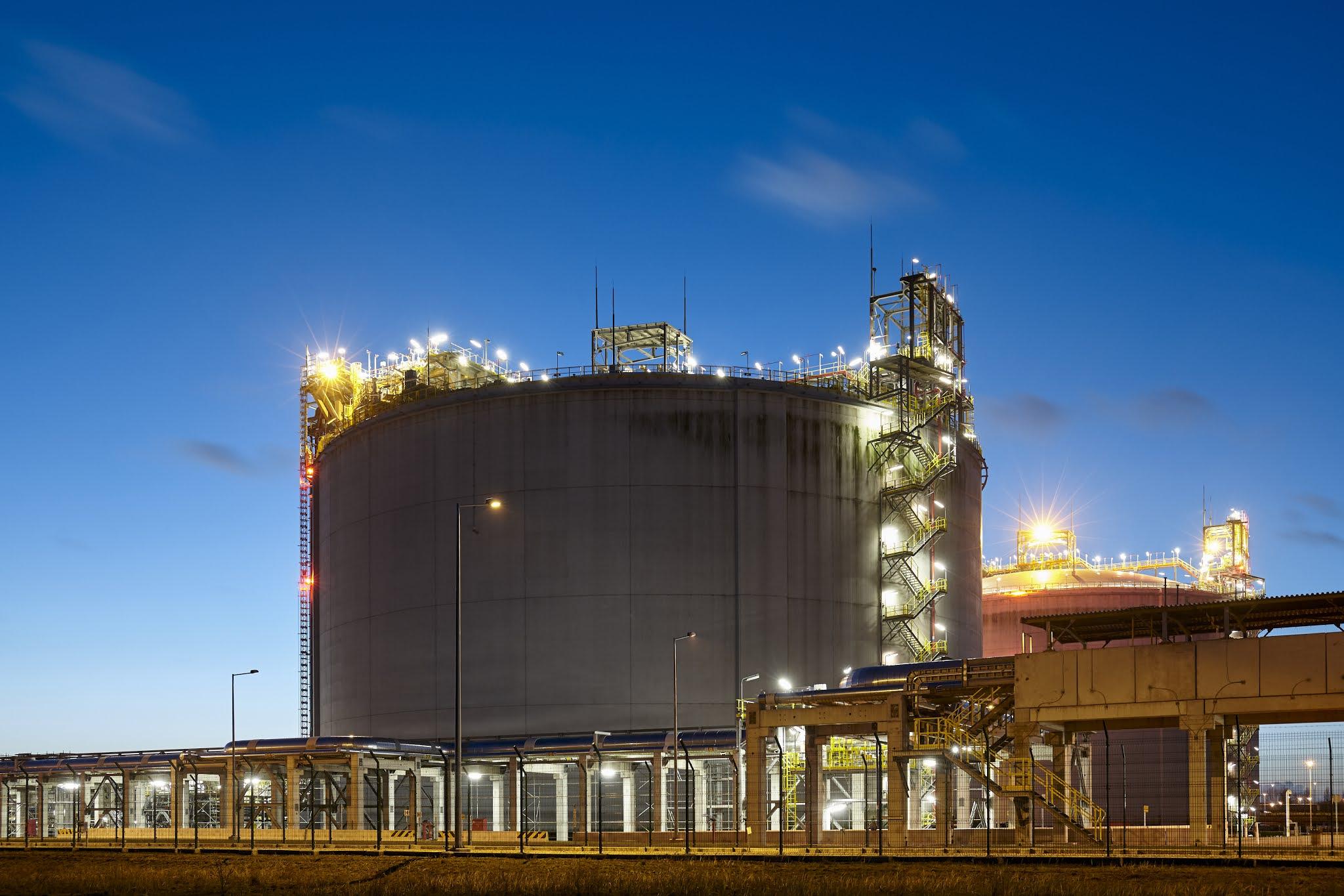"""""""الأعلى للطاقة"""" بدبي يُصدر قراراً بتنظيم تداول أسطوانات الغاز المسال وتوزيعها"""