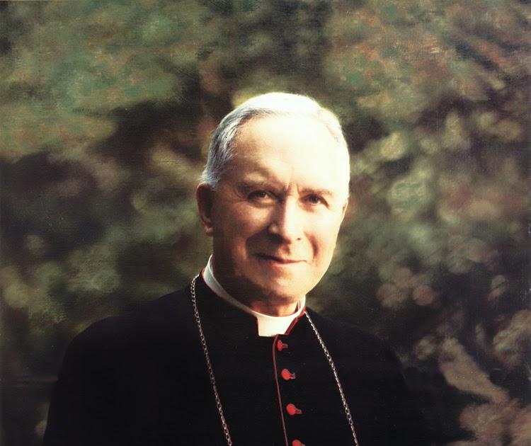 Risultati immagini per ordinazioni sacerdotali mons.lefebvre