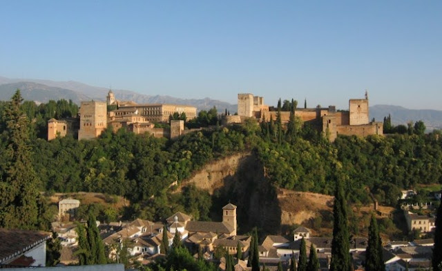 La Alhambra de Granada, turismo en Andalucía