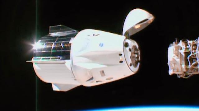 Suka Luar Angkasa? Cobain nih Game Docking Simulator dari SpaceX