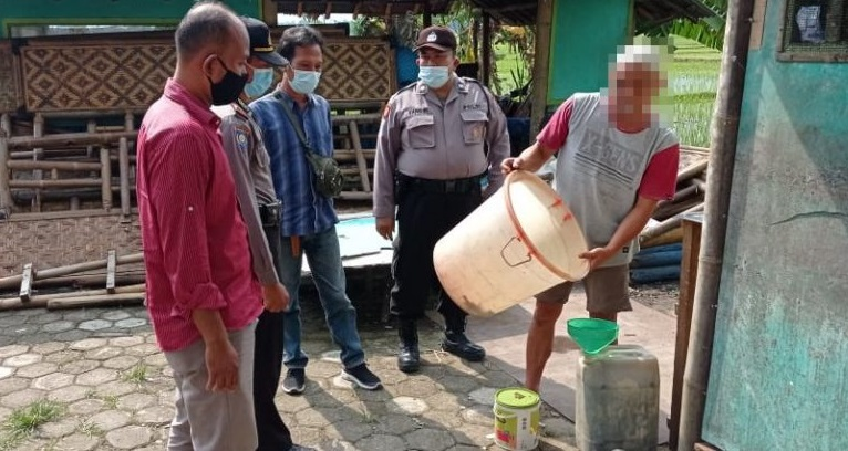 Puluhan Liter Tuak Disita Polisi, Kapolsek Kemangkon: Penjualnya Akan Kita Proses