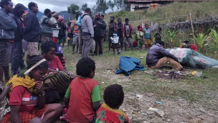 Kian Beringas! KKB Tembak Mati Kepala Desa dan 4 Anggota Keluarganya