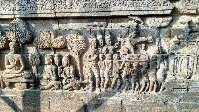Perkembangan Tradisi Hindu-Budha