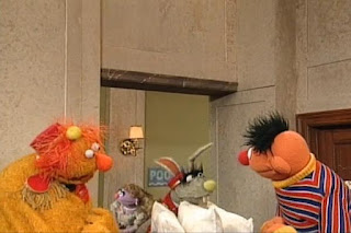 Ernie and The Dinger ding three times. Benny comes with three fresh pillows. And Benny is really angry. Sesame Street 123 Count with Me