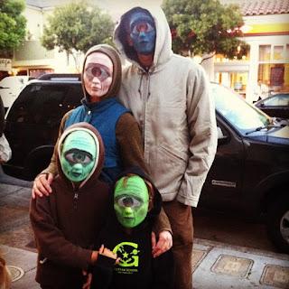 https://commons.wikimedia.org/wiki/File:Family_Cyclops_Halloween_in_San_Francisco_2011.jpg