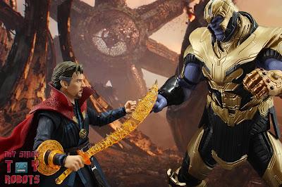 S.H. Figuarts Doctor Strange (Battle On Titan Edition) 58