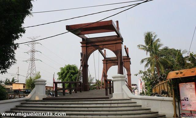 Jembatan-Kota-Intan-Yakarta