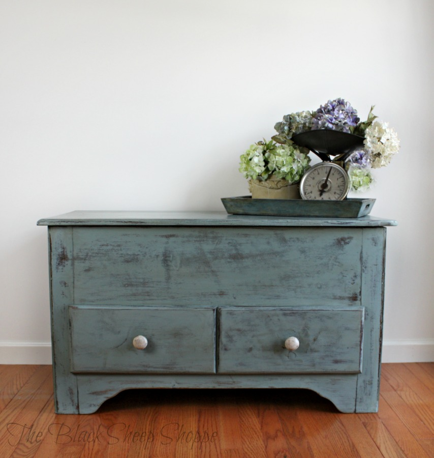Blanket chest painted in Duck Egg blue chalk paint.