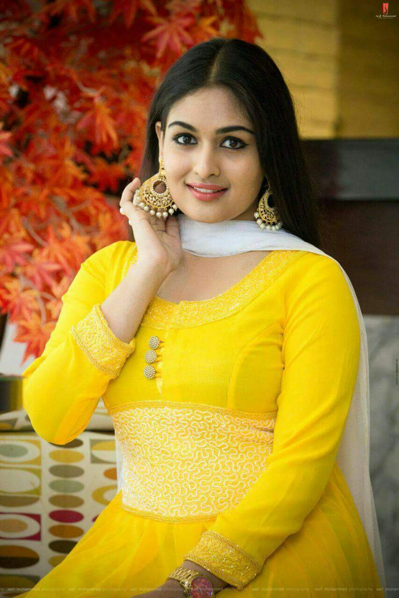 prayaga-rose-martin-actress-photos-stills-galler