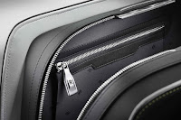 Rolls-Royce elegant Wraith Luggage Collection
