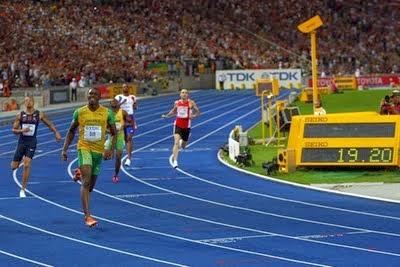 http://dodolanweb.blogspot.com/2014/03/pengertian-olahraga-secara-umum-menurut.html