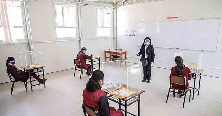 Más de 9 mil escolares no son contactados en Arequipa