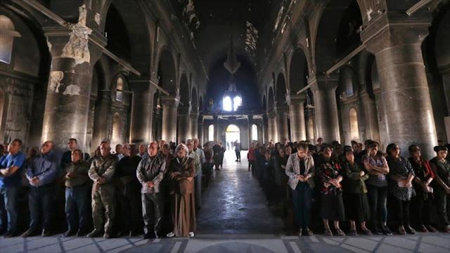 Cristianos iraquíes ya celebran misas en iglesias de Mosul