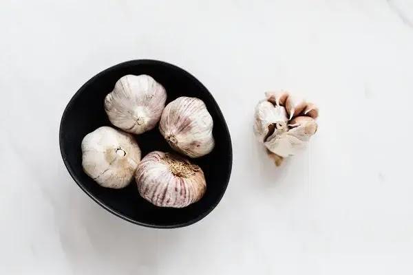 bwang putih bisa meningkatkan produksi kolagen