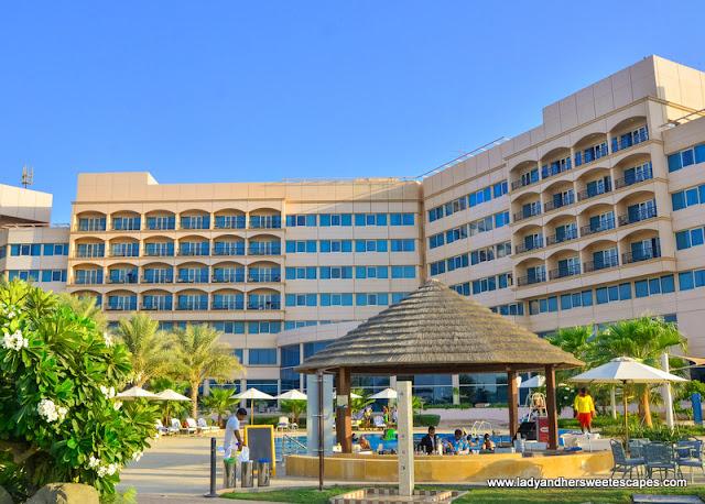 Danat Jebel Dhanna Resort garden