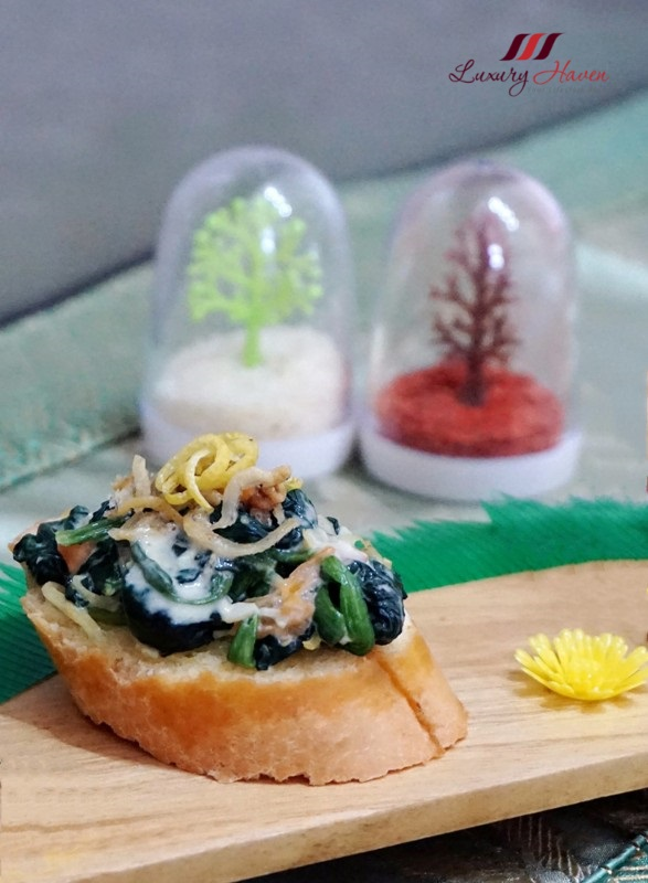 labo camelina oil spinach toast crispy silver fish