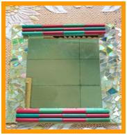 Membuat Kreasi Mosaik dari CD Bekas