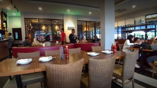 Banjarbaru tak sekedar menawarkan destinasi wisata yang unik.  Kota seluas 371 meter persegi ini juga menjanjikan ragam kuliner lezat dan enak yang rugi jika tidak dicoba.