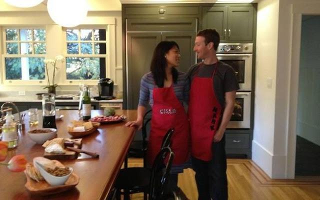 Zuckerberg na cozinha com a namorada