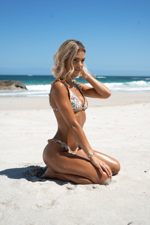 Gabby Larsson modelo sul africana loira Portal cpt fotografia fashion beijada pelo sol Sun Kissed - RektMag