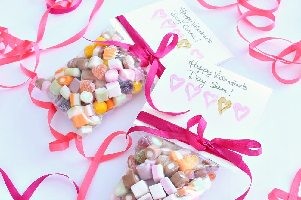 DIY Valentine Card and Goody Bag