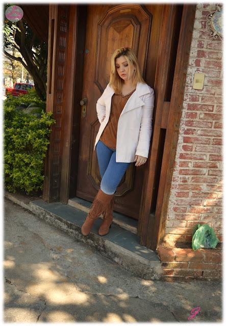 look-do-dia-bota-franjas-t-shirt-suede-blog-jeito-de-vestir-inverno-moda