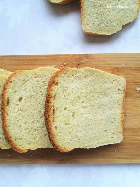 Chleb tostowy z wodą z gotowania ryżu przepis