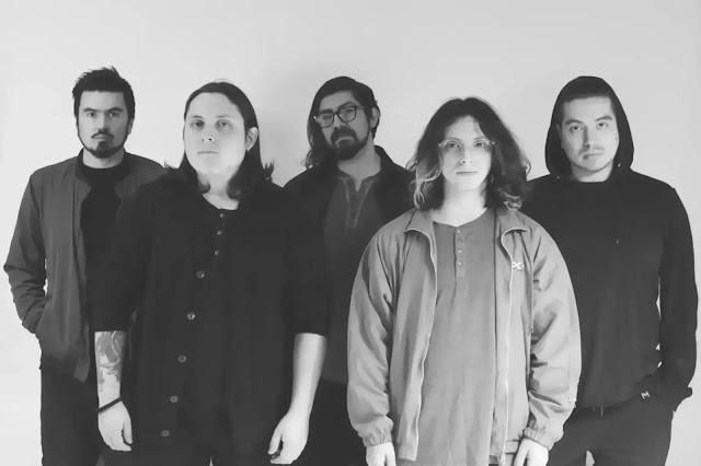 """Elegía al Atardecer lanza un introspectivo sencillo llamado """"Heridas"""""""