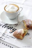 Marmeladekipferl, Germkipferl, Hefeteilchen, Gipfelen, Rezept auf dem Südtiroler Food und Lifestyleblog kebo homing