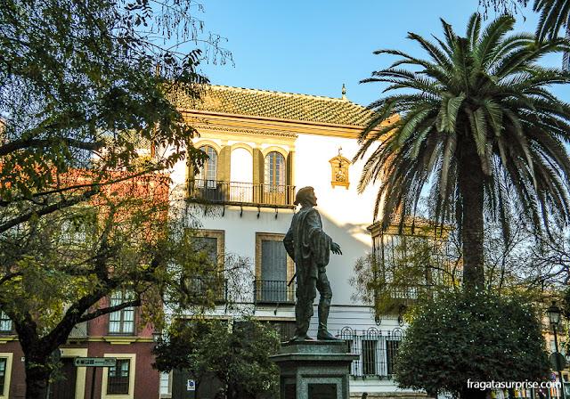 Estátua de D. Juan Tenório no Bairro de Santa Cruz, em Sevilha