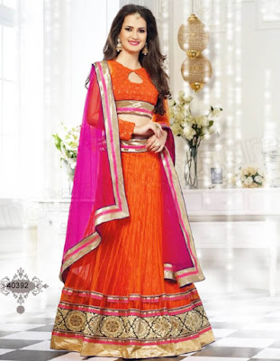 Indian style of bridal mehndi dress is elegance at is finest.