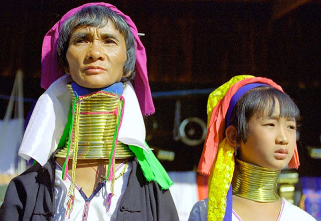 Gambar wanita Padaung