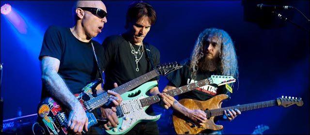 G3 Guthrie Govan junto a Satriani y Vai