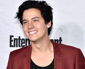 Cole Sprouse Biography, Age, Height, Education, Family, Affairs & Girlfriend, Movies & TV shows, Net Worth & Facts