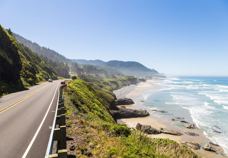 The 10 Most Romantic American Road Trips for Couples