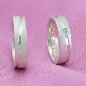 harga cincin platinum 2021 model terbaik di swalayanperak wa 085713662080