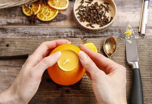 Comment parfumer sa maison avec des aromatisants naturels