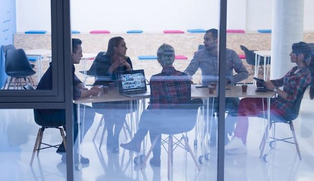 ways make startup look more professional