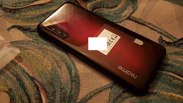 Распаковка Realme 6 Pro