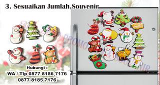Sesuaikan Jumlah Souvenir  merupakan tips memilih tempelan magnet kulkas untuk souvenir